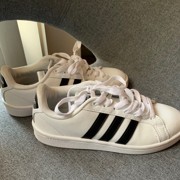 adidas Shoes | Womens Neo White Size 6